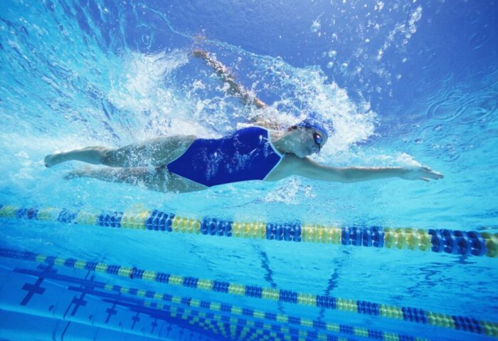 6 Ways to Get a Full Body Workout in Your Swimming Pool in 2021
